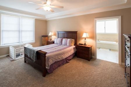 Best SF Family $650-$750 Photo 10 Master Bed